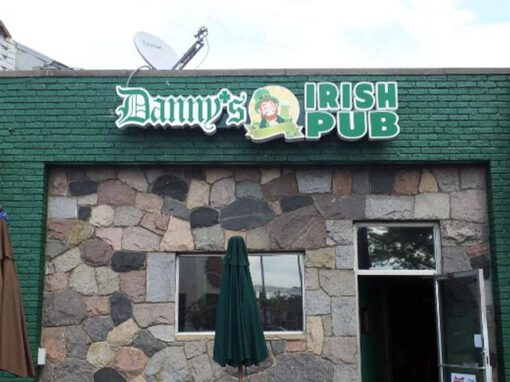 Danny's Irish Pub