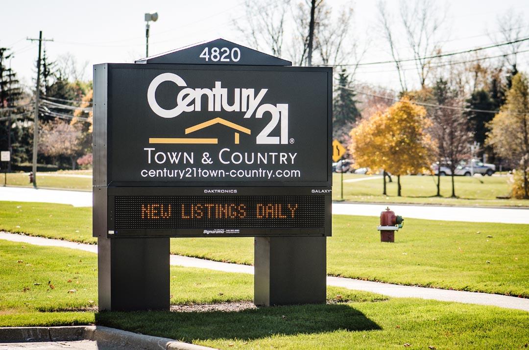 Century 21 Building LED Signage