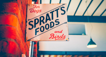 Outdoor pet store sign