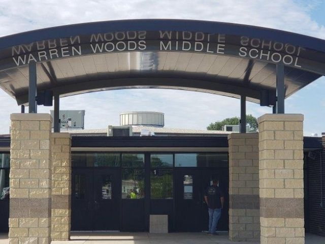 Advanced Building Group Warren Woods Middle School Sign - Dimensional Letters Front - Warren Woods, MI